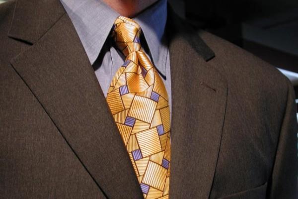man-interview-dressing-business-tie-suit